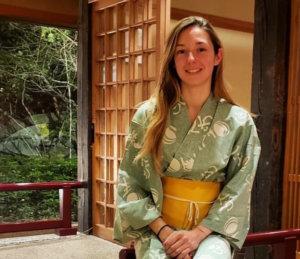 法国美女骑师日本亮相浴衣美照引网友赞叹