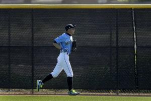 MLB/一朗将为水手开球网友:从右外野丢