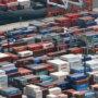日本贸易量大跌专家:疫情影响浮现