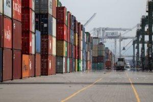 日本2月来自中国进口减47% 疫情导致物流停滞