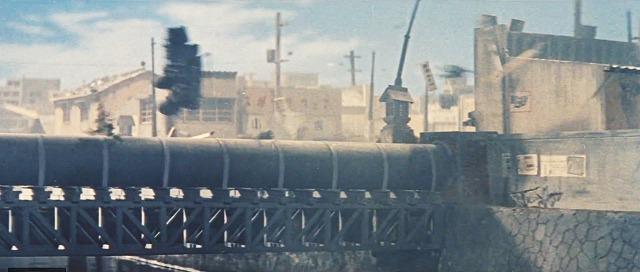 1961年当時の東京・赤羽橋を再現(映画「モスラ」から)