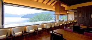 食手工面包叹芦之湖全景: Bakery & Table
