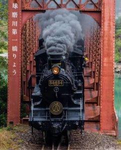 肥萨线上的小火车