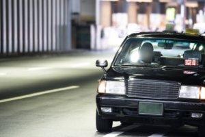 """受疫情打击生意差 北海道出租车""""改行""""送外卖"""