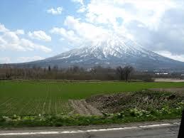 停航导致外国打工者滞留北海道倶知安 当地企业提供免费食物助其渡难关