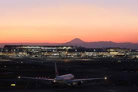 东京羽田机场国际航班3月减少46%