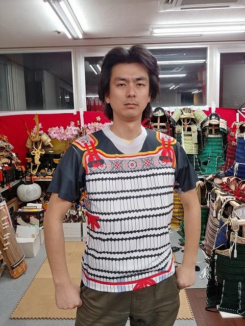 鎧風Tシャツ 鎌倉武士の店HPから引用
