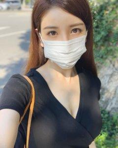 「口罩正妹」本尊竟是写真女星亚里沙!秀繁体字曝来台学中文