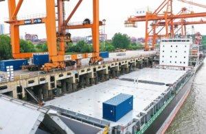 武汉赴日货柜直航重启华航汉亚2号复航