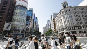 日本各地周末人流增加 宣言解除引发松懈担忧