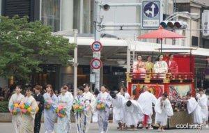 令人崩溃的日本交通,日本交通攻略,给你解读日本交通之谜!