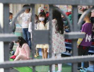 日本保育园重启专家:幼儿戴口罩恐增感染风险