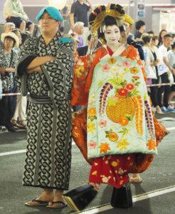 """在日本旅游,观看""""花魁""""游街时,有什么禁忌?"""