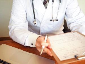 大阪九成经营诊所的医生表示因疫情收入减少
