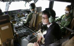 日本防卫相试乘C-2运输机