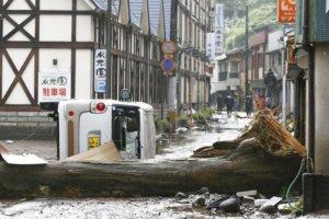 日本豪雨成灾九州一周下了半年份的雨量