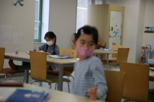日东京保育园爆群聚感染保育士和幼儿共22人确诊