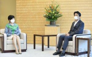 聚焦:小池迎来东京知事第二任期 重返中央政坛说法仍存