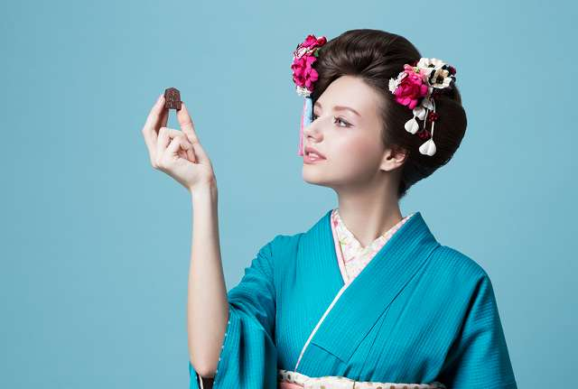 Shogi de Chocolat(将棋 デ ショコラ 限定版全駒セット) 一心堂本舗HPから引用