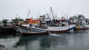 日本保安厅公务船冲撞苏澳籍渔船船首受损人平安
