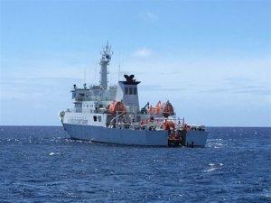 海巡从吐瓦鲁接滞留日人、外交役男…日本赞喊:台湾好邻居
