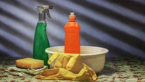 拼离婚出奥步!男饭菜被加「洗厕剂」吃饱就狂呕