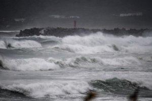 强台海神袭日本九州当局劝184万人疏散避难