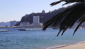 情侣首选「热海」:海滩散步、泡温泉、欣赏烟火大会!