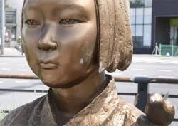 韩国原慰安妇支援团体在柏林设置少女像