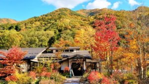 【奈良井】日本赏红叶好去处!踏访奈良井感受古时的秋天