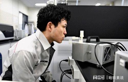 日本研发吹气式新冠病毒检测系统