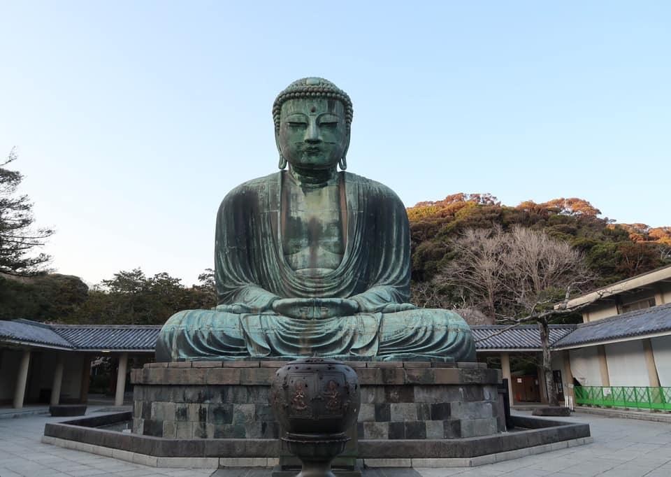 日本是人类最想移住的国家,你若来日,一定要去拜鎌仓大佛。 作者:江东良一20210408